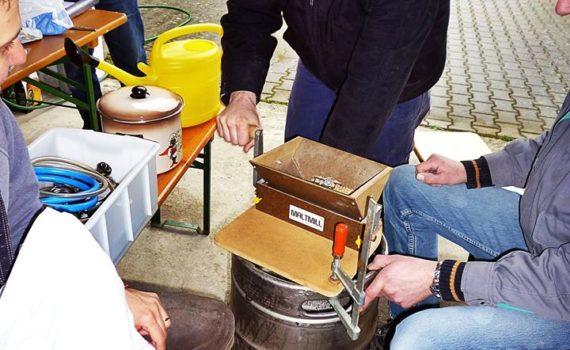 Samstag, Sudhaus, Schelmbräu braut Bier! Prost!