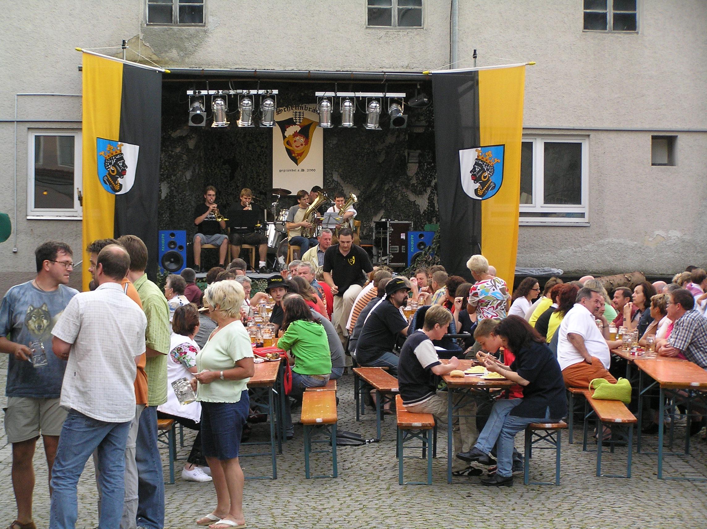 Das Schelmbräu Hoffest im Sonnnenhof 2005
